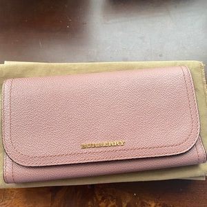 🌸BURBERRY LoNG Wallet🌸